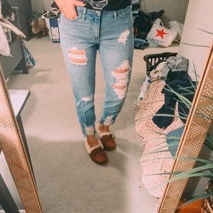 Hollister high rise slim straight jean